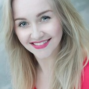 Laura Kaye Thomson